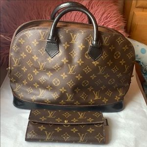 Authentic LV wallets in used condition!